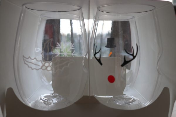 Govino Holiday glasses holiday themed