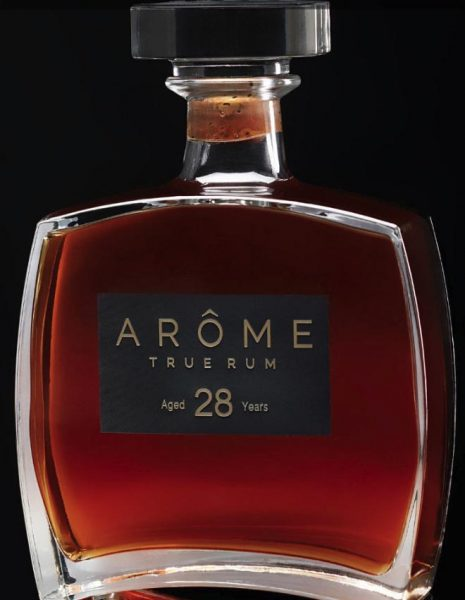 Luxury Rum: The Hot Ultra Premium Pour in Spirits