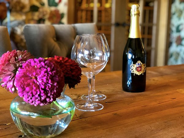 Signature sips at the lovely DeLoach Vineyards, photo by Kelly Mitchell, The Wine Siren
